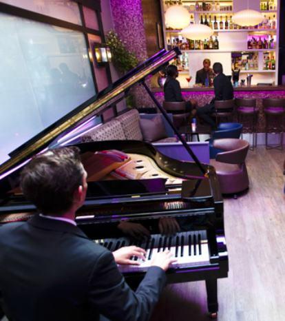 bar at Hotel Bel Ami
