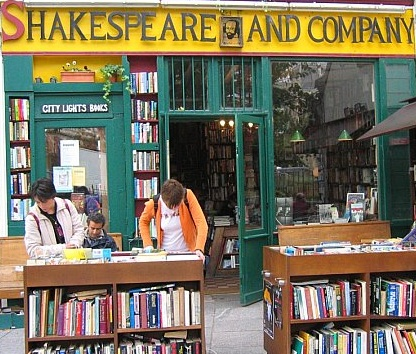 Shakespeare & Co © maitresse.typepad.com