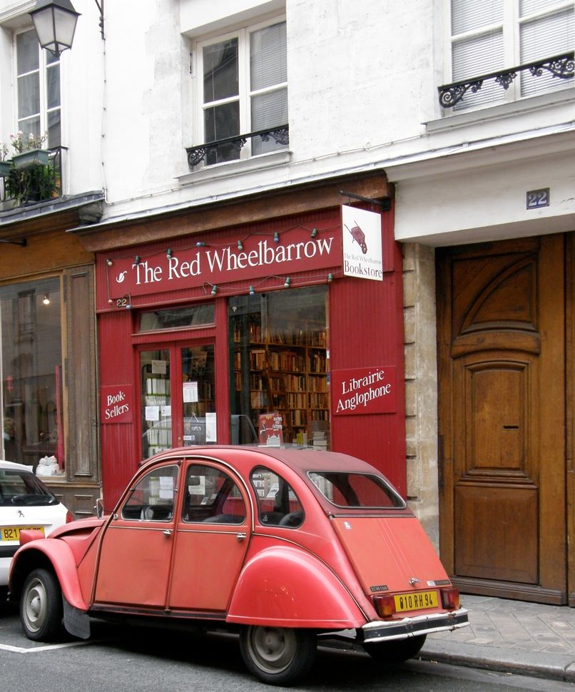 2CV at Red Wheelbarrow. Photo:©Norman Ball