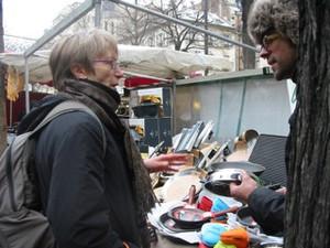 Talking knives at the market