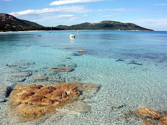 Plage de Palombaggia, Corsica. Photo credit: Flickr Creative Commons/sramses177