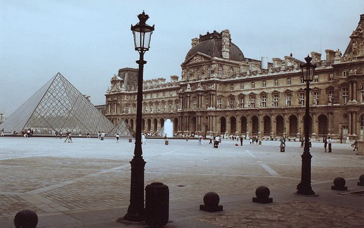 Louvre circa 1989.