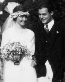 Hemingway & Hadley Richardson wedding, ©Ballantine