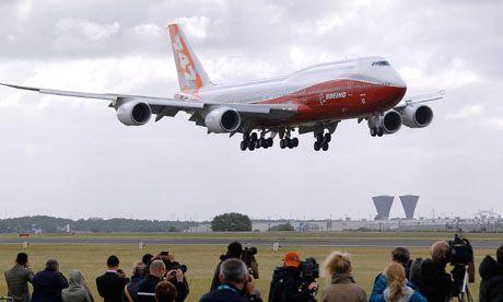 Boeing-747-8 arrives at Paris Air Show ©Pascal Rossignol-Reuters