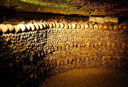Catacombs stacked skulls & bones ©Albany_Tim
