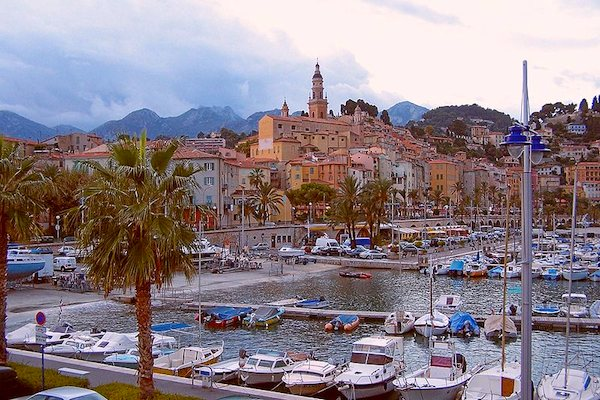 Menton Old Town & Harbour ©Berthold Werner, Wikimedia Commons