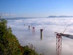Millau, world's highest, longest cable-span bridge under construction. ©Structure.de