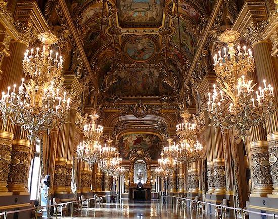 Opera Garnier Grand Foyer. Photo Credit: Anthony Degrémont, courtesy of Wikimedia Commons,