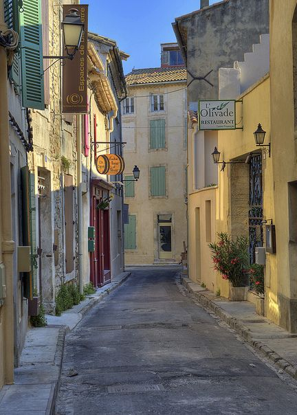 St Remy street © Mike