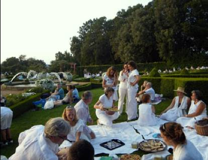 White Picnic at Versailles   photo credit: City of Versailles
