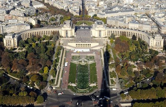 Palais de Chaillot (Trocadero) Photo: ©Taxiarchos228