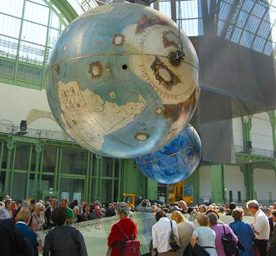 Coronelli Globes at Grand Palais in 2005. Photo: Pierre Metivier