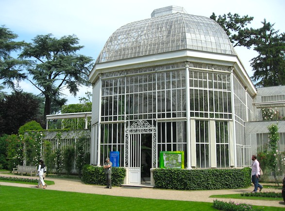 Conservatory at Albert Kahn Museum. Publicity photo.