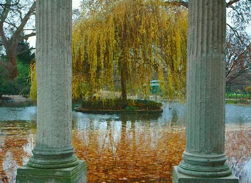 Parc Monceau. Photo: ©-kj