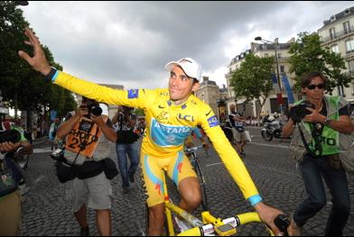 Alberto Contador at the 2010 TDF  ©B. Bade