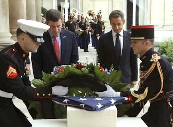 U.S. Ambassador to France Charles Rivkin & France President Nicolas Sarkozy at Paris 9-11 Memorial. Photo: ©AP