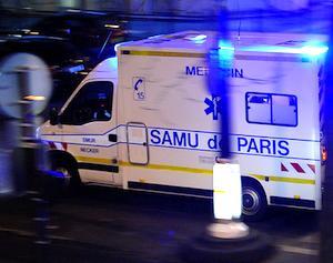 Dial 15 for SAMU in Paris. Photo: collardgreens