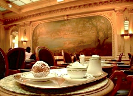 Angelina of paris best hot chocolate and pastries - Salon de the angelina paris ...