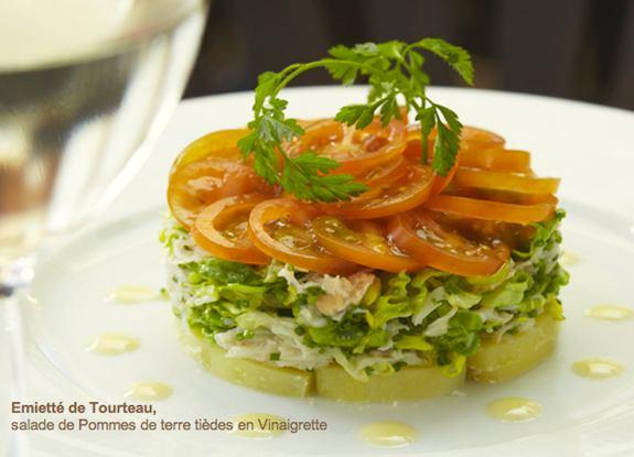 Le Chardenoux des Prés, Emietté de Tourteau, salade de Pommes de terre tièdes en Vinaigrette..