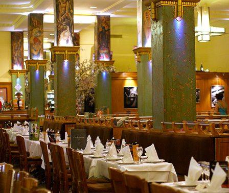 famous Montparnasse restaurant, La Coupole