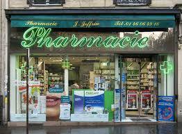 Paris pharmacie. Photo: Nick_Fisher
