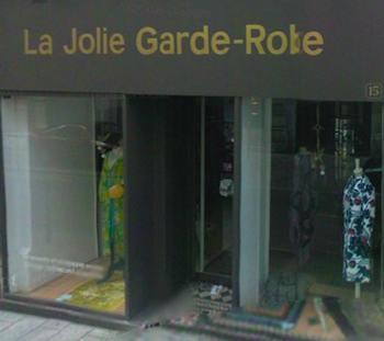 La Jolie Garde-Robe storefront.