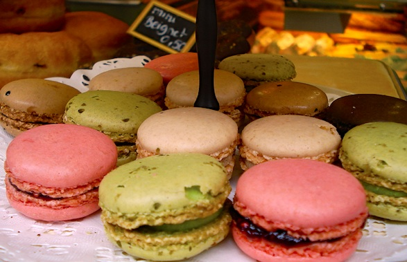 Macarons in a pâtissierie window. Photo by guimauvette.