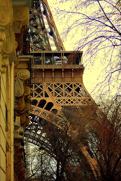 Eiffel Tower in February amber light. Photo by reyfocus.