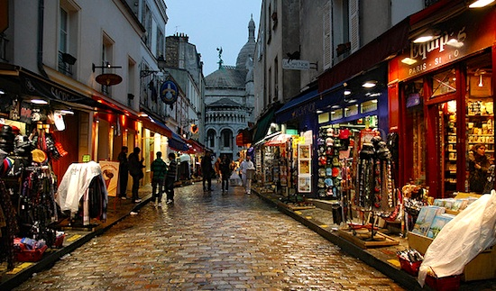 Souvenir shops at Montmartre. Photo by arquet.