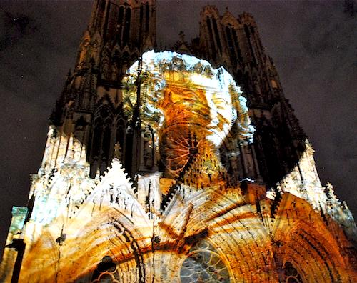 """Smiling Angel"" projection Reve de Couleurs   Photo credit: ©Sonya Stark"