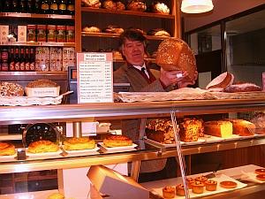 Bread & Roses - Paris