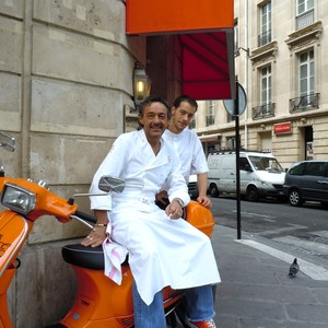 Buzz open in august - Chez georges porte maillot ...