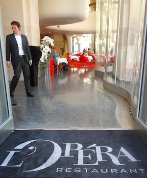 L'Opera Restaurant. Photo: M. Kemp.