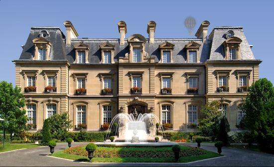 Saint James Paris   publicity photo