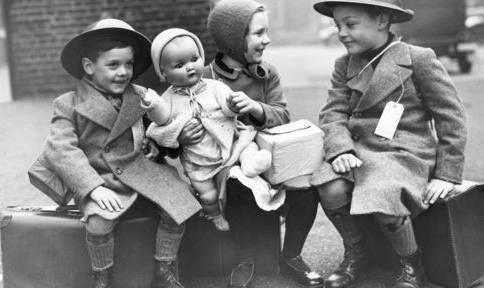 Child evacuees in 1939   photo courtesy BBC Radio