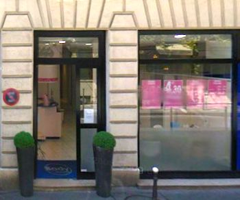 Body Minute store, rue Serene, Paris 8th.