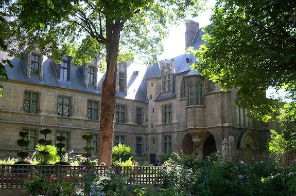 Cluny garden. Photo: cartermonique.net