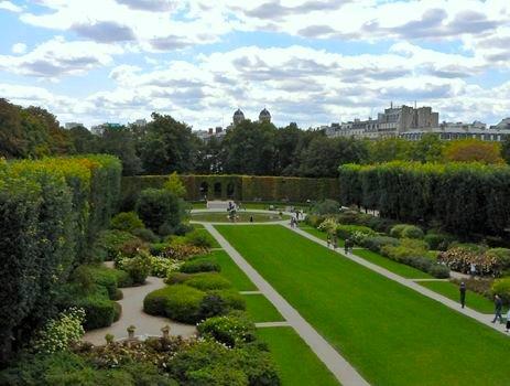 Rodin Museum garden. Photo: mbell1975