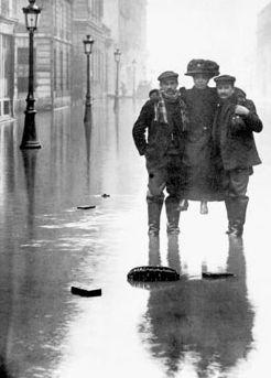 Rue des archives. Photo: PVDE-Getty Images