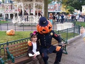 Halloween, Disneyland Paris. Photo: coconutwireless/Flickr Creative Commons.