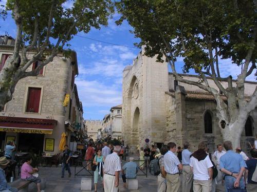 Place Saint-Louis, Aigues Morte. Photo: mickiebear