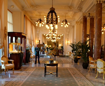 Hôtel du Palais.